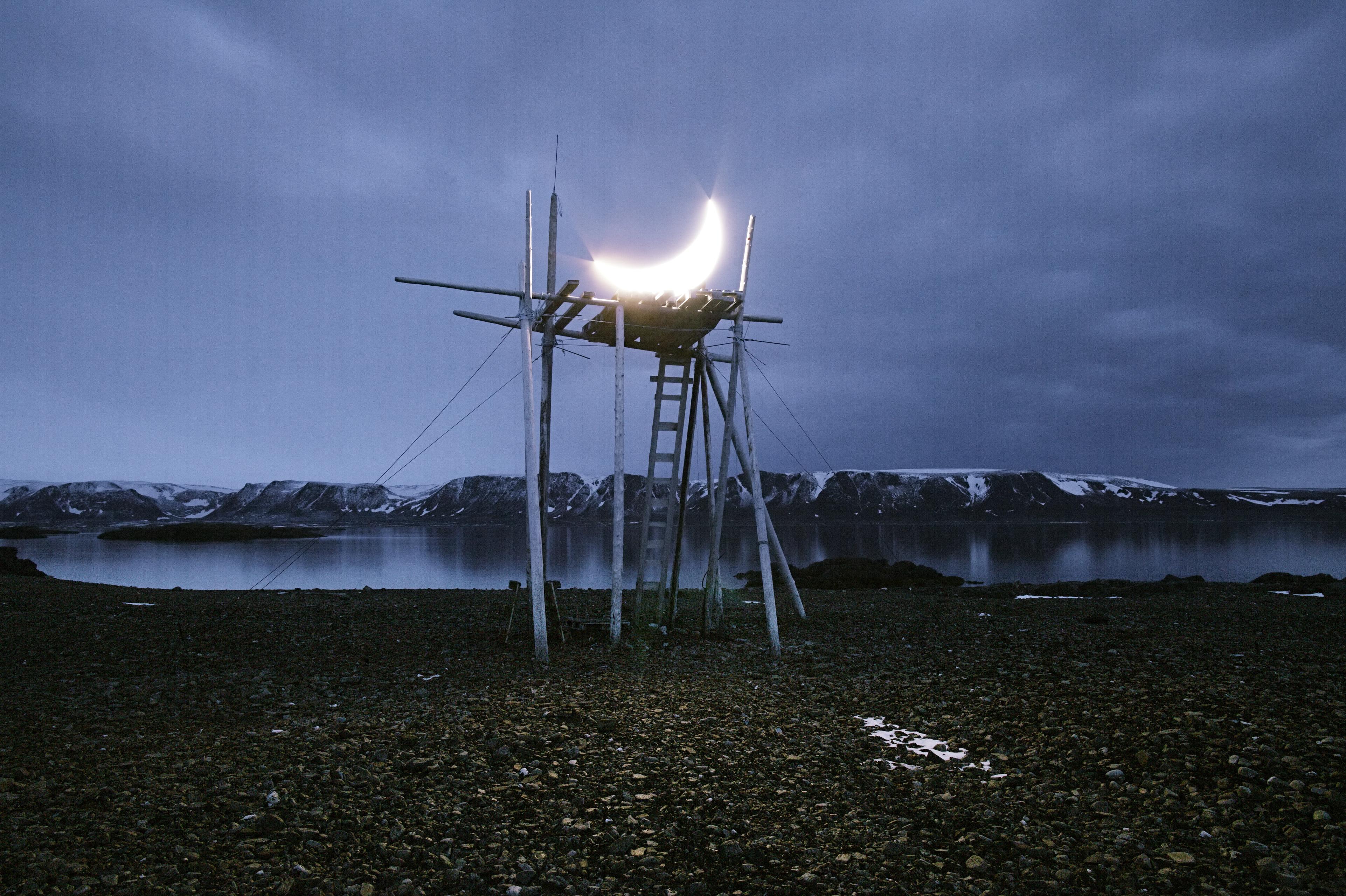 Private Moon in Spitsbergen